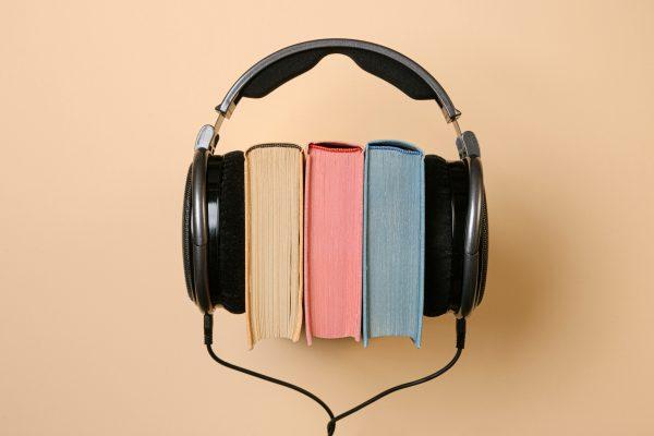 Podcastit ja äänikirjat kaventavat musiikin elintilaa